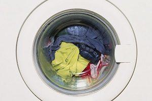 Заклинила крышка стиральной машины